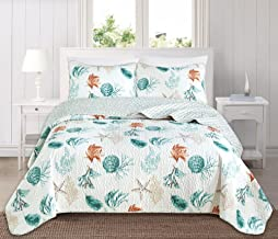 Great Bay Home 3 Piece Quilt Set with Shams. Soft All-Season Cotton Blend Bedspread Featuring Attractive Seascape Images. The Key West Collection Brand. (King)