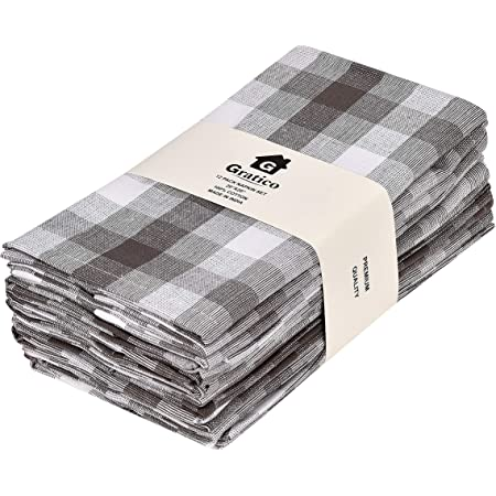 Set of 4  Flannel Cloth Napkins Fun Mitten  Print Perfect for Everyday