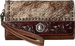 Lynlee Clutch Wallet