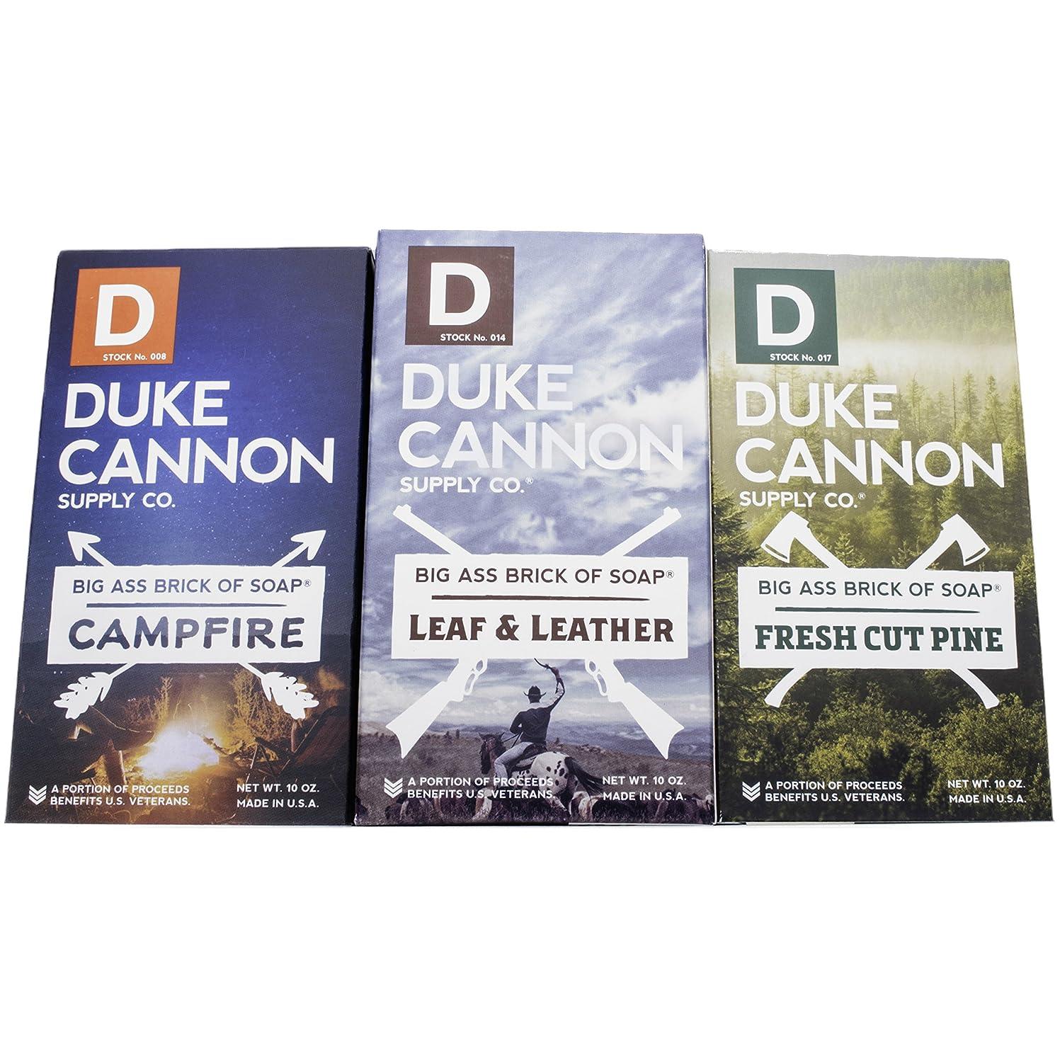 スカルク辞任ステッチDuke Cannon「Great American Frontier」メンズ ソープセット 大きなレンガ フレッシュカットパイン、リーフ&レザー、キャンプファイヤー