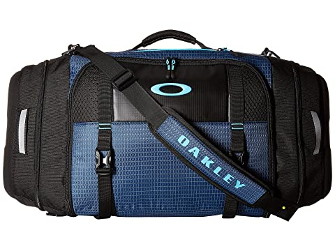 9515239937 Oakley Link Duffel at 6pm