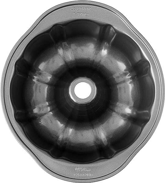 Wilton Perfect Results Premium Non Stick 9 Inch Fluted Tube Pan