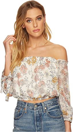 J.O.A. - Off the Shoulder Crop Top