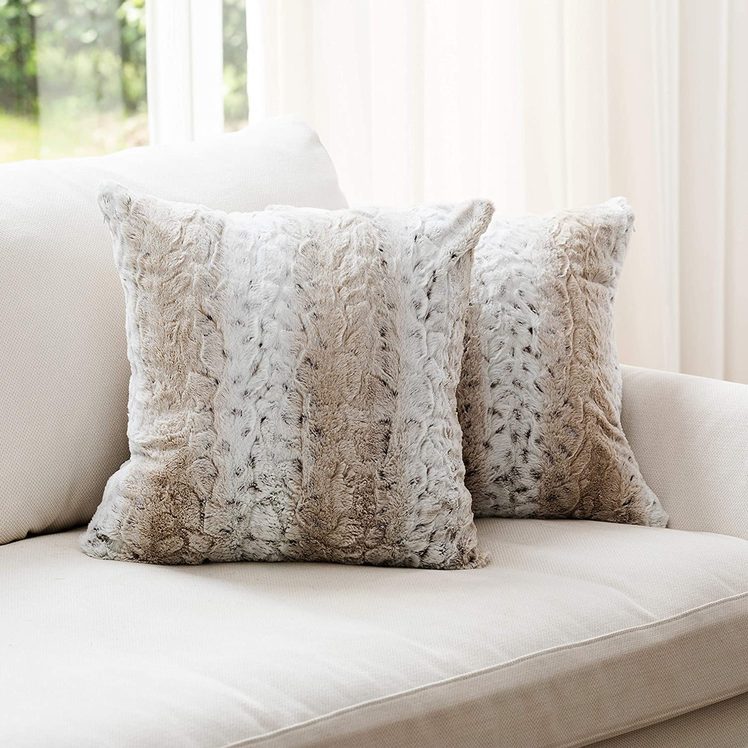 Cheer Directly managed store Collection Embossed Faux Fur Throw Over item handling ☆ 2 Lumb Pillows - of Set
