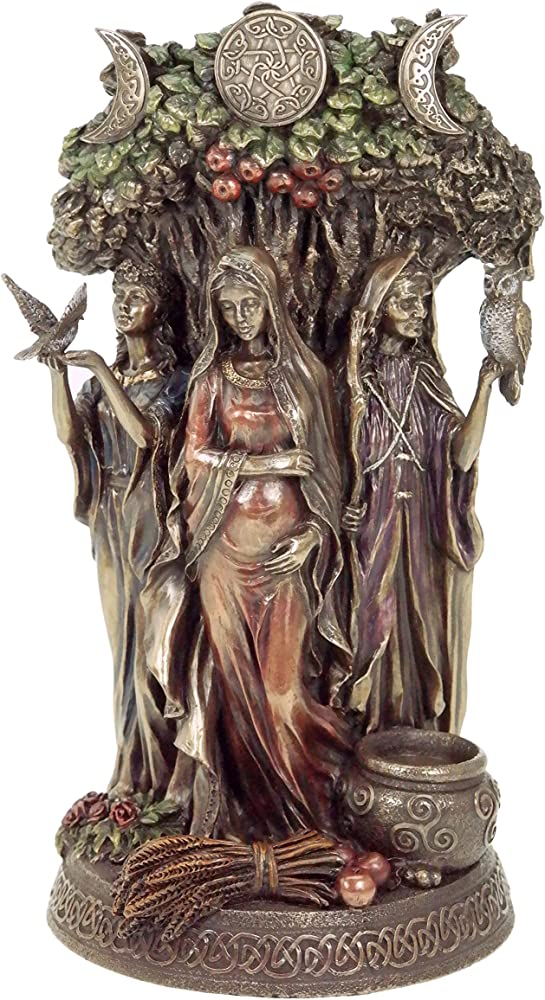 Celtico trinity dea statua
