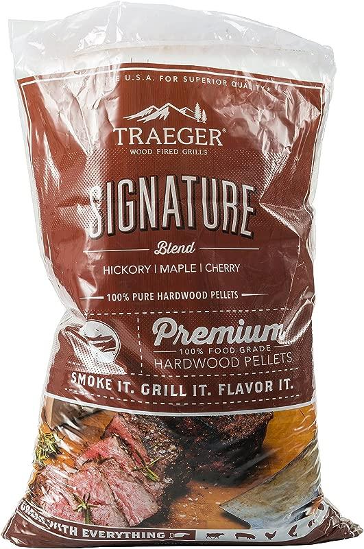 Traeger Grills PEL331 Signature Blend 100 All Natural Hardwood Pellets Grill Smoke Bake Roast Braise And BBQ 20 Lb Bag