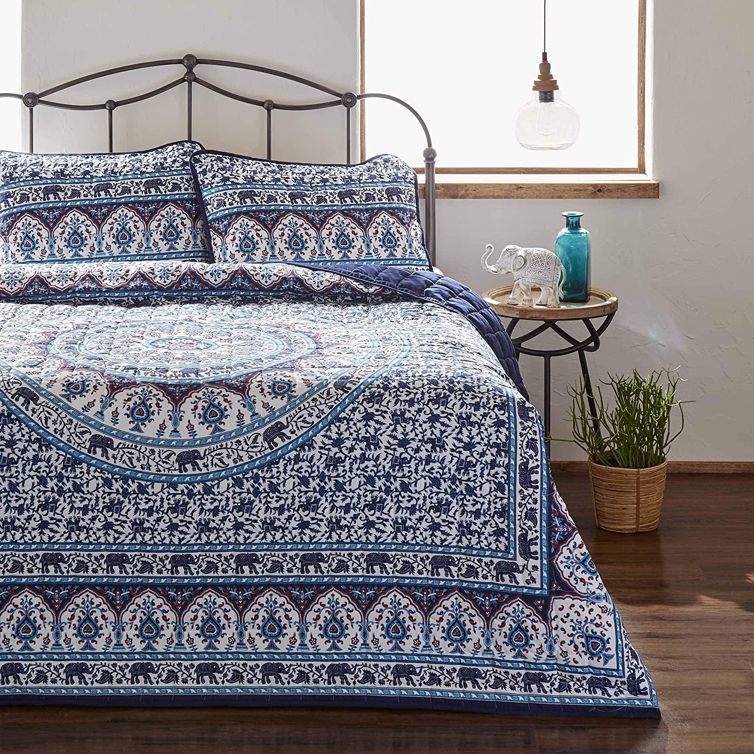 Azalea Skye Amena Quilt Set, Twin, Navy