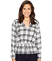 ROMEO & JULIET COUTURE - Long Sleeve Plaid Top