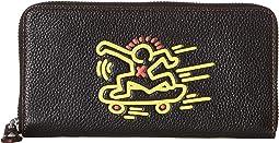 코치 X 키스 헤링 콜라보 가죽 장지갑 블랙 COACH Accordion Wallet in Leather Featuring Keith Haring,Black