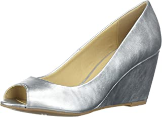 CL by Chinese Laundry Women's Noreen Pump