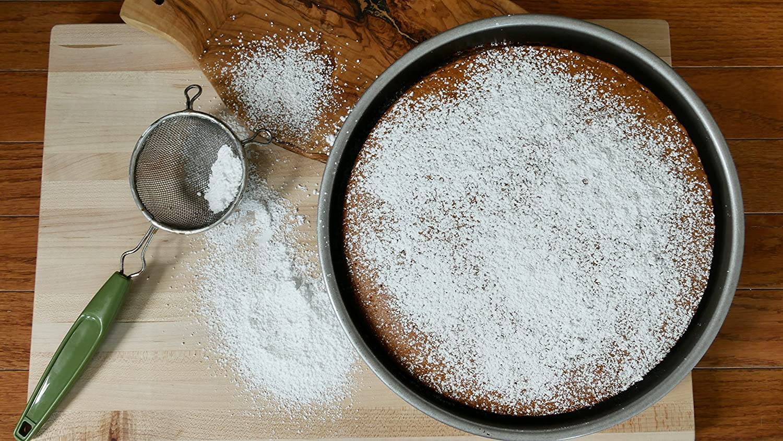Aluminized Steel USA Pan Bakeware Nonstick Round Cake Pan 10-Inch
