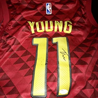 newest 30bf6 6f685 Amazon.com: Trae Young - Jerseys / Sports: Collectibles ...