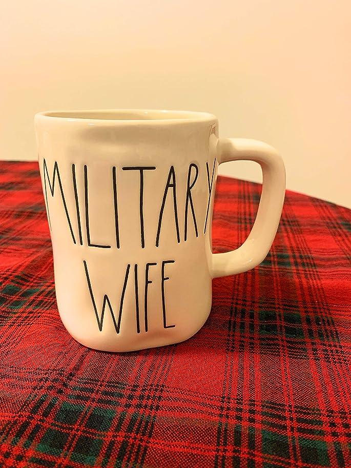 第四扇動できるRae Dunn Military Wife Mug Large Letters Artisan Collection By Magenta