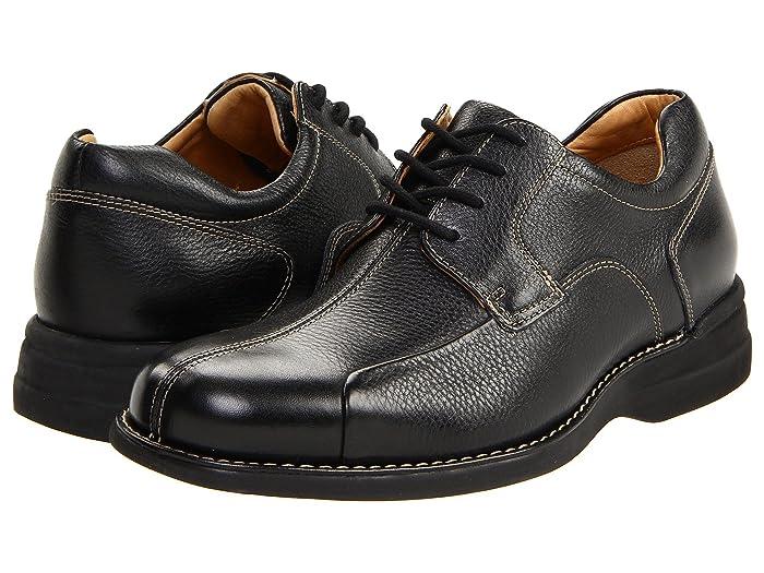 Johnston and Murphy  Shuler Causal Dress Bike Toe Oxford (Black Tumbled Grain) Mens Plain Toe Shoes