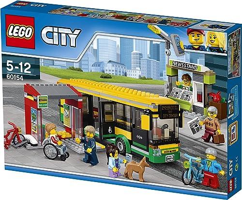 mejor opcion LEGO CITY - Estación de Autobuses, Juguete de de de Construcción de Vehículo de Transporte en la Ciudad, Incluye Pasajeros, un Puesto de Periódicos y una Bici (60154)  moda clasica
