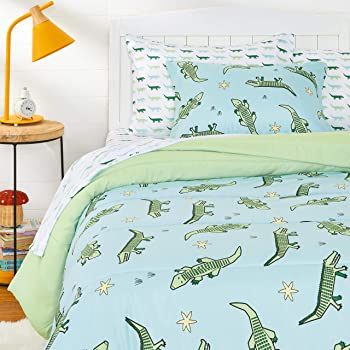 AmazonBasics Kids Easy-Wash Microfiber Bed-in-a-Bag Bedding Set - Twin, Gator Squad