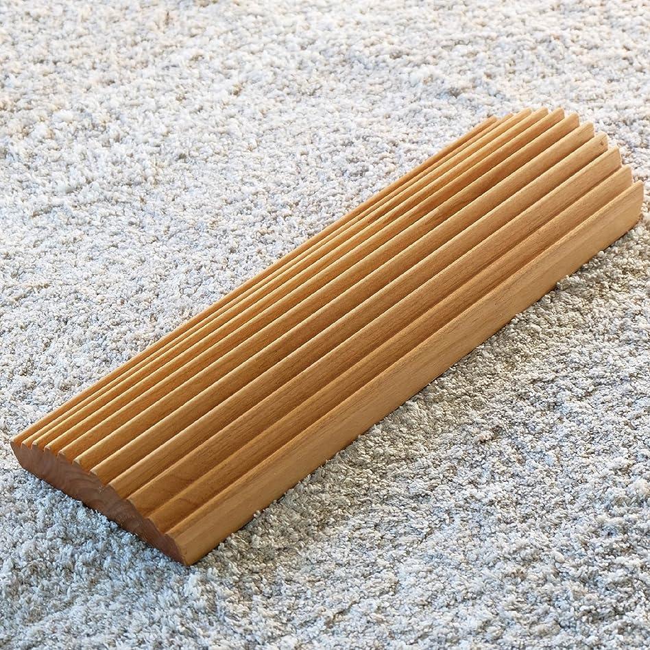 消える描写姉妹ISSEIKI 足踏み アルダー材 幅40cm FIT ASIFUMI 40 (NA) フットケア 木製 おしゃれ プレゼント 指圧代用 FIT ASIFUMI 40 (AL-NA)