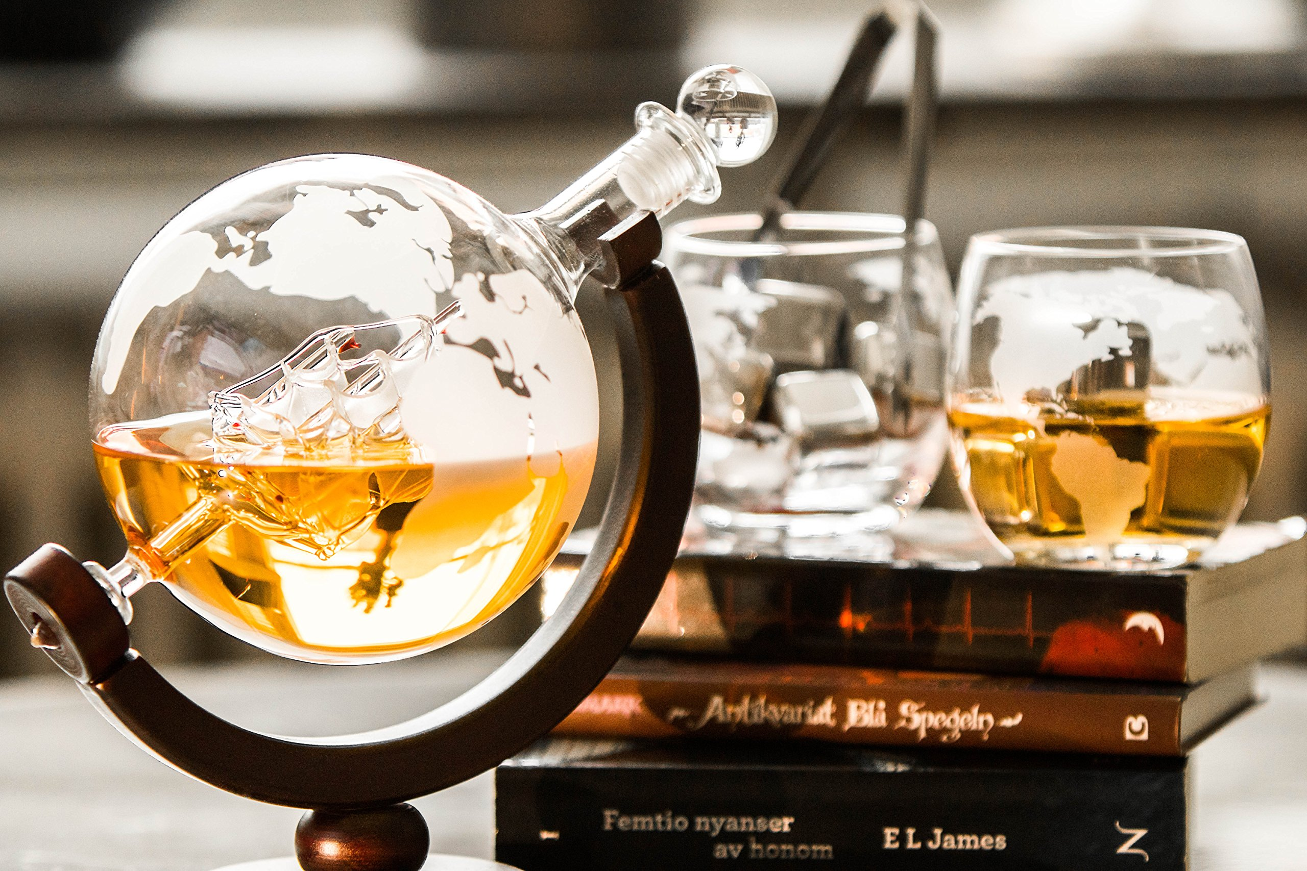 Whiskey Globe Decanter for Liquor,Bourbon Vodka, With Two Glasses,Two Whiskey Stones And One Set Glass Cleaner in Premium Gift-Box,Best Gift For Men.