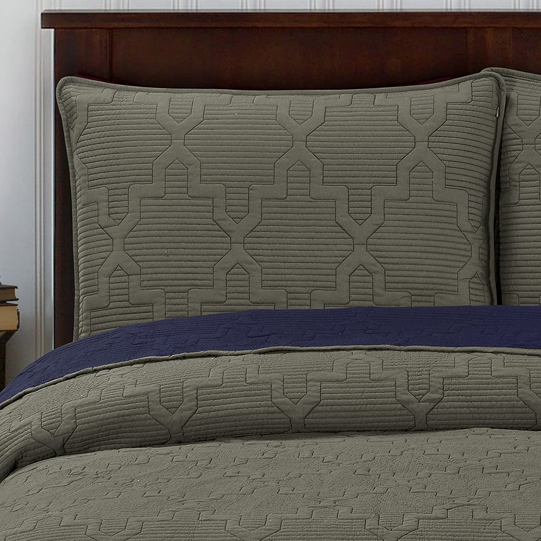 Brielle Casablanca Reversible King Quilt Set Max 57% OFF Dark Navy Grey Detroit Mall