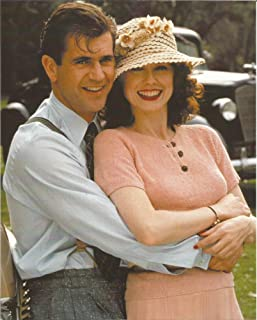 Forever Young Mel Gibson hugging Isabel Glasser - 8 x 10 Movie Photo 004