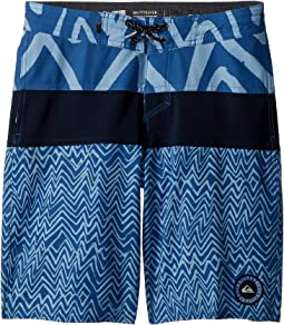 Quiksilver Kids - Techtonics Beach Shorts (Big Kids)