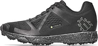 studded snow shoes