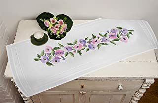 Kamaca Stickpackung Tischdecke STIEFMÜTTERCHEN Kreuzstich vorgezeichnet aus Baumwolle Stickset mit Stickvorlage Tischläufer 40x100 cm