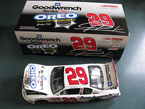 Kevin Harvick ' 29 Gm Goodwrench-oreo' 1 24 Scale Diecast Car By Acion