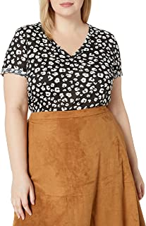 City Chic Women's Apparel Women's Plus Size V Necked top with Monochrome Print