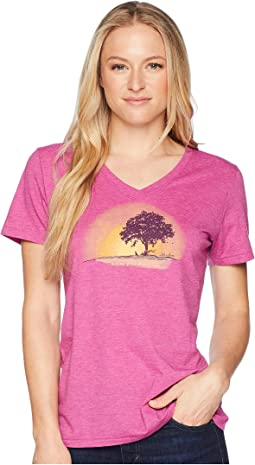 Simplify Outside Cool Vee Tee