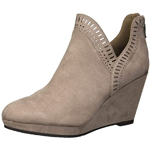 a5957df14 CL by Chinese Laundry Women's Vicci Ankle Boot
