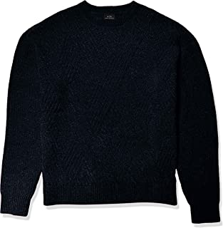 Men's Crew Neck Pullover with Interlacing Lines