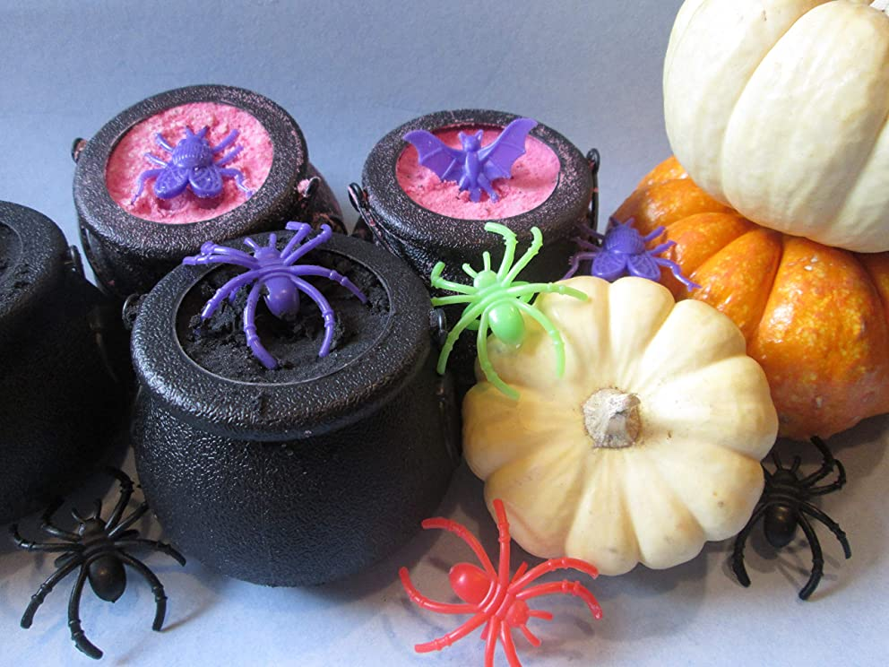 Cauldrons - Bath Bombs - Monkey Farts