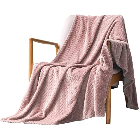measures: 130 x 170 CM Quality: 220 G//M Blanket Luxury Fleece color fuchsia