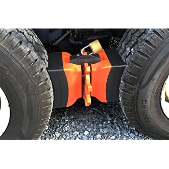 Amazon Com Chock N Lock Driver Industrial Heavy Duty Stabilizer Dual Axle Universal Wheel Tire Stop Locking Chocks For Rv Camper Or Travel Trailer Beats X Chock Or Camco Automotive