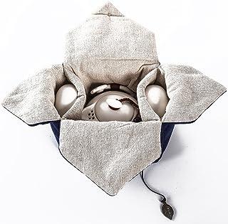 旅行・お出かけ用茶器セット 2人用 中国茶、日本茶を旅先で手軽に ピクニック・キャンプ・登山等アウトドアで美味しいお茶が飲めます 茶壺(急須)と茶杯2個がビックリするほどコンパクトにおさまる優れたデザイン 中綿入り専用巾着袋付き 可愛らしいホワイトの陶器製携帯用茶具 トラベル用ティーポット&ティーカップ