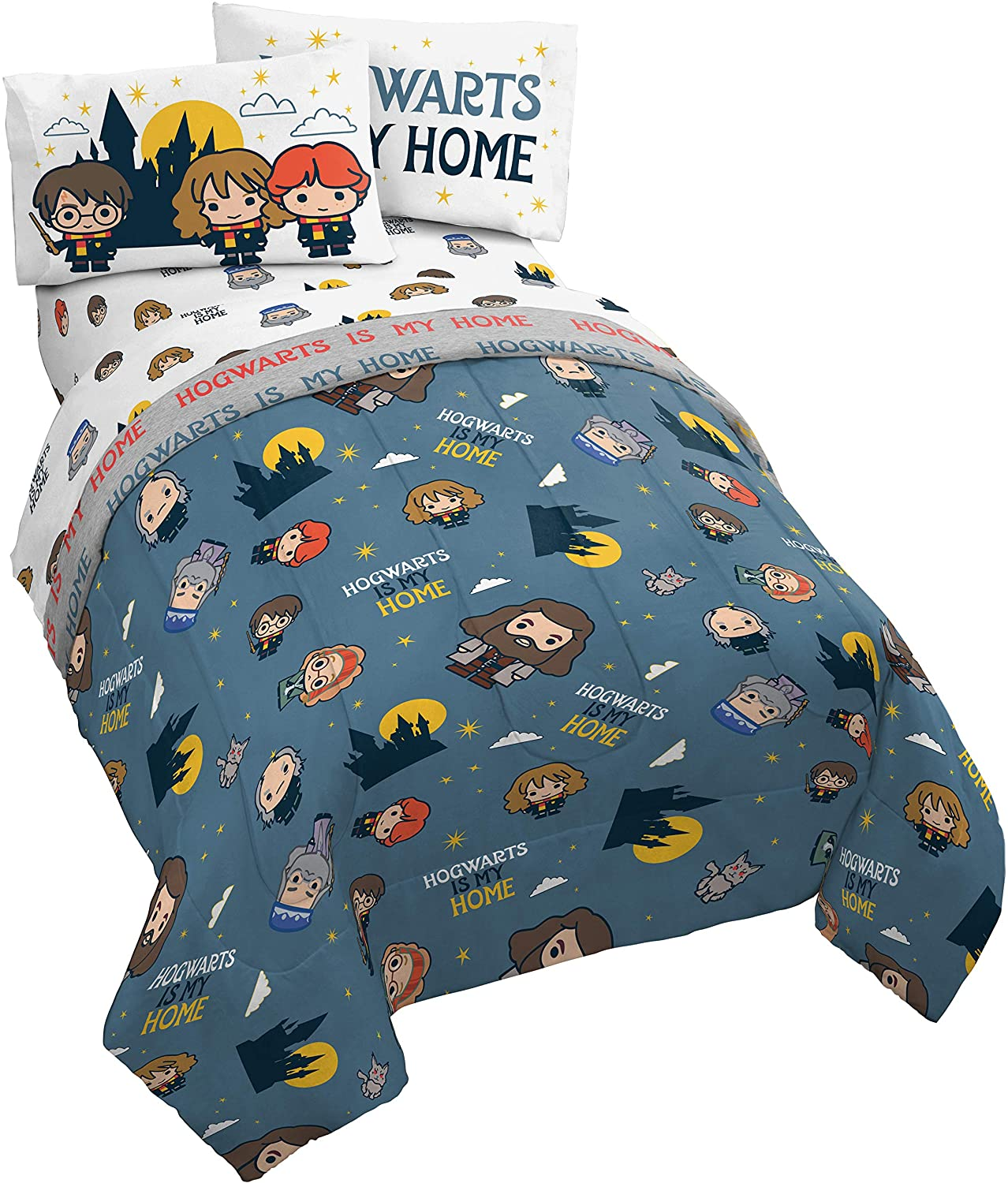 Super Soft Fade Resistant Microfiber Includes Comforter /& Sheet Set Bedding Features Spaceships /& Rocketships Jay Franco Space 5 Piece Full Bed Set