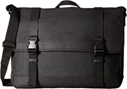 "Kenneth Cole Reaction Urban Artisan - 15.0"" Computer Messenger Bag"