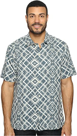 Dourados Diamonds Short Sleeve Woven Shirt