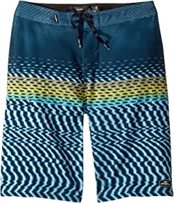 O'Neill Kids Hyperfreak Wavelength Superfreak Boardshorts (Big Kids)