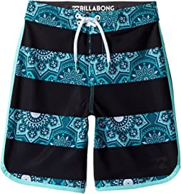 73 X Lineup Boardshorts (Big Kids)