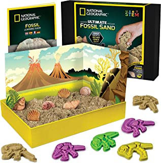 NATIONAL GEOGRAPHIC Fossil Play Sand - 2 lb of Play Sand, 4 Large Molds, 6 Real Fossils, A Kinetic Sensory Sand Activity K...