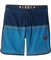 VISSLA Kids - Sofa Surfer Dredges Athletic Fleece Shorts 17
