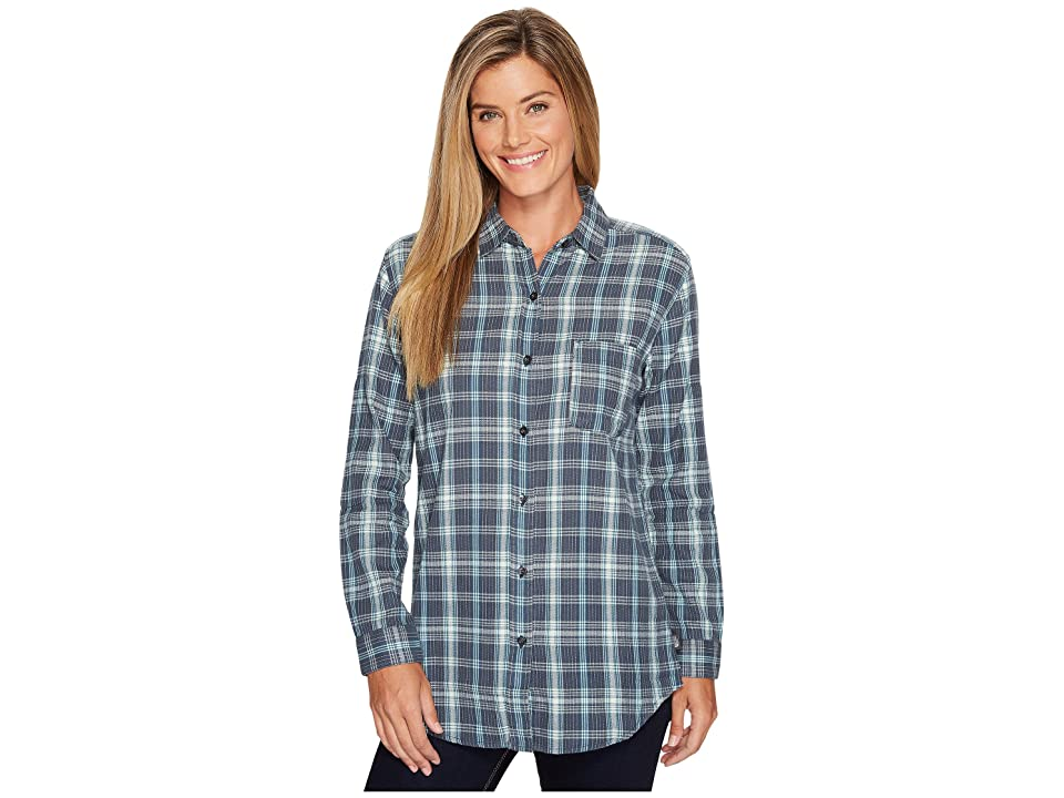 fb50464f9304e The North Face Long Sleeve Boyfriend Shirt (Ink Blue Plaid (Prior Season)) Women s  Long Sleeve Button Up