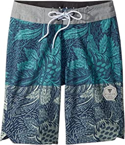 "Etched Four-Way Stretch Boardshorts 17"" (Big Kids)"