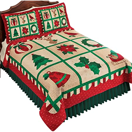 Green And Red Festive Holiday Icons Patterned Scallop Quilt Kitchen Dining