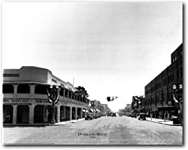 Las Vegas, Overland Hotel 1930 Vintage Motor Car Old City Black and White Wall Decor Art Print Poster (16x20)