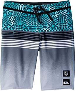 Highline Division Hawaii Boardshorts (Big Kids)