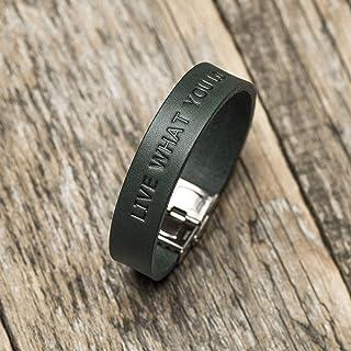 Brazalete personalizada de cuero italiano verde, grabe su nombre, coordenadas GPS, fecha, lema personal, frase inspiradora...