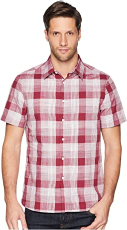 Essential Plaid Pattern Shirt